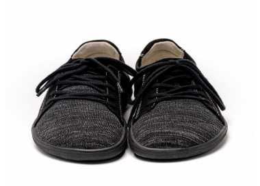 Chaussure minimaliste Ace de Be Lenka vu de face