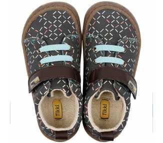 chaussures minimalistes modèle Harlequin Vegan, coloris lines, marque Tikki Shoes vu de-dessus
