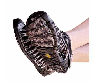 Photo des chaussures Furoshiki EVO noires pour homme portées