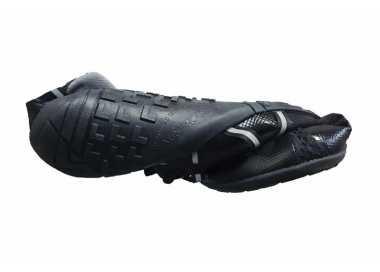 Flexibilité torsionnelle des Speed Force Xero Shoes