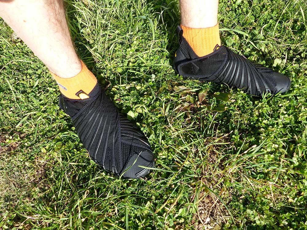 Furoshiki Knit High porté avec des chaussettes