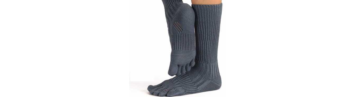 Chaussettes à 5 doigts d'une hauteur mi-mollet