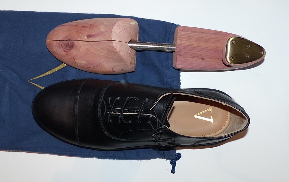 Chaussures minimalistes Carets avec leur embauchoir